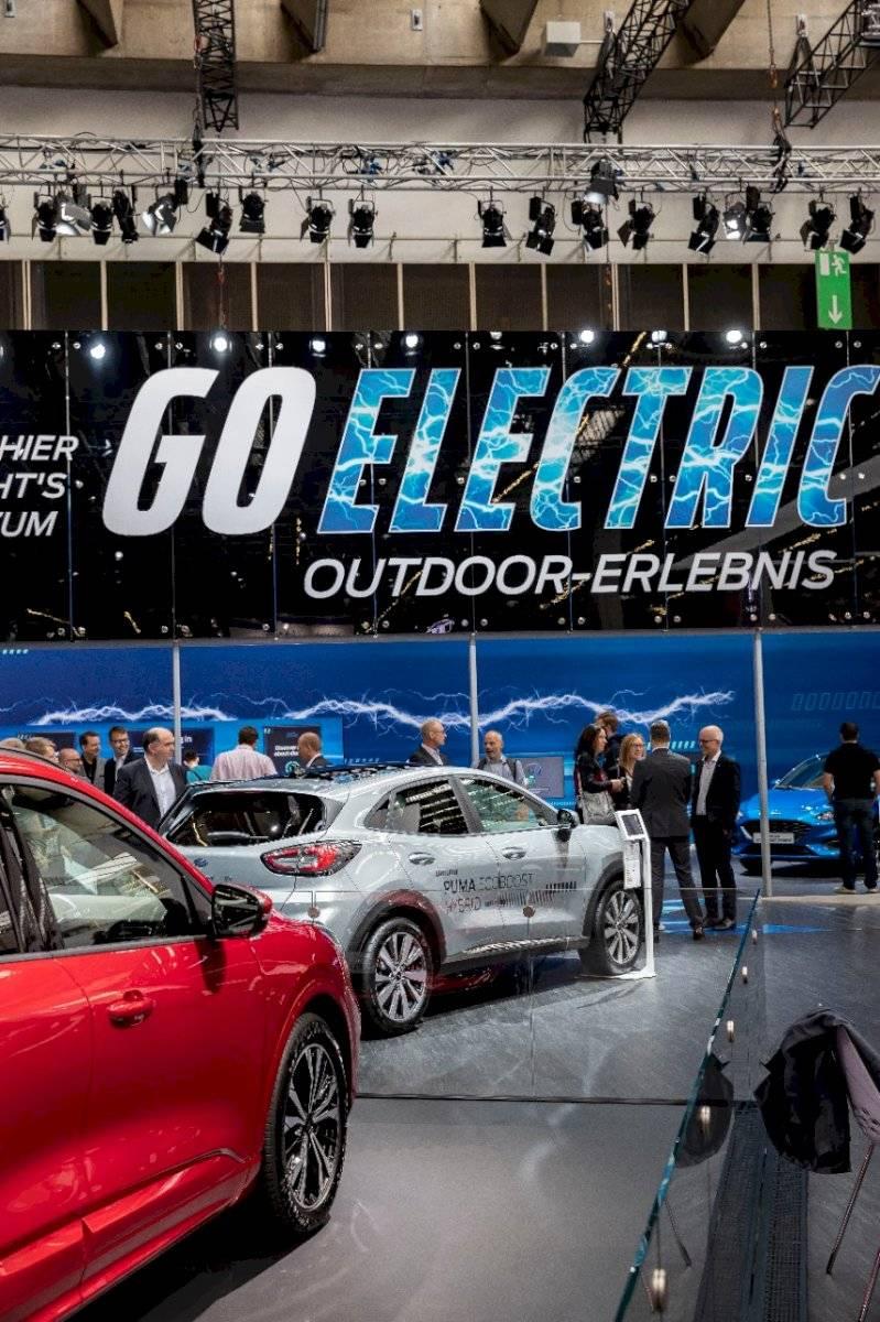 Ford eléctricos e híbridos en Frankfurt.