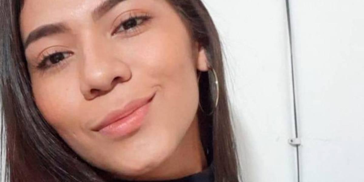 Joven mujer de 21 años que celebraba con sus amigos murió a la salida de un bar