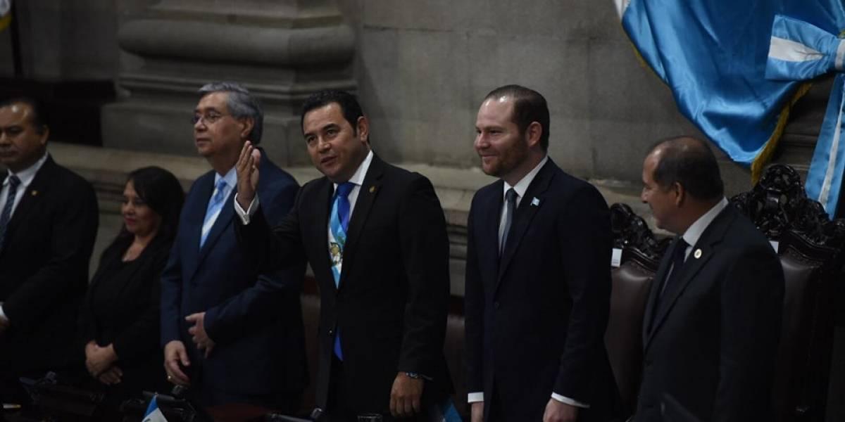 ¡Con el Velásquez en la boca! Arzú y Morales confunden apellido de presidente