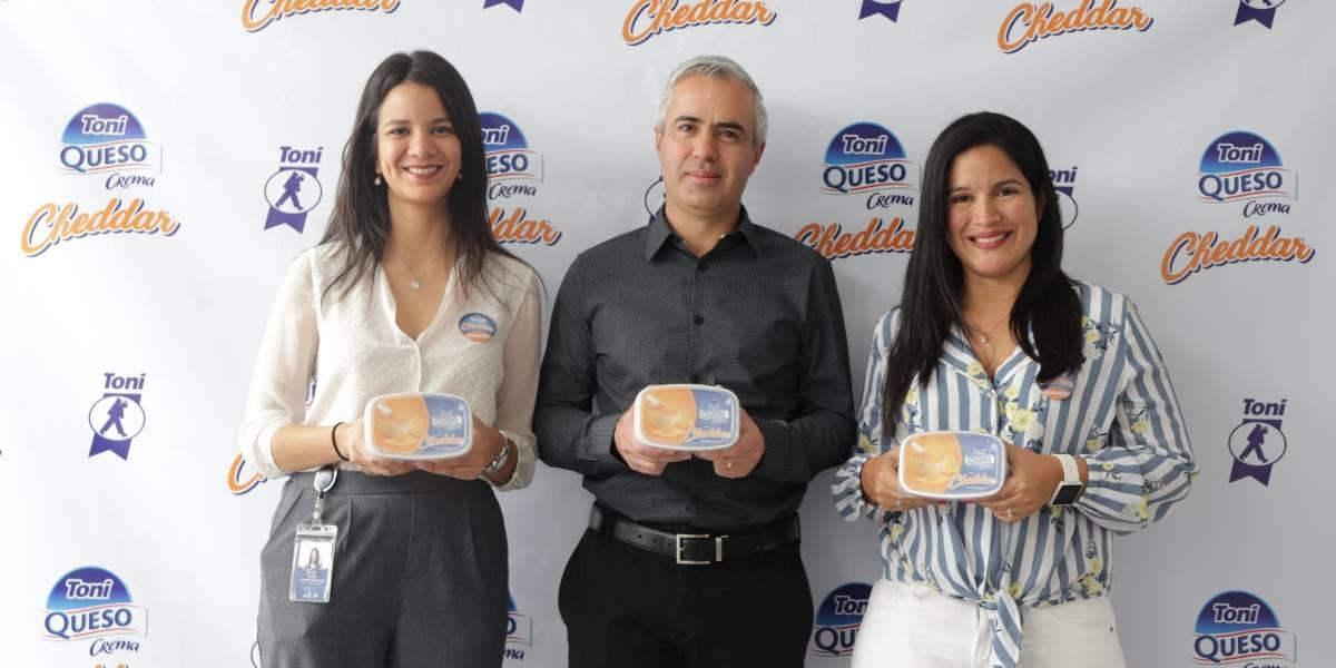 Tonicorp presentó el nuevo Queso Crema Cheddar
