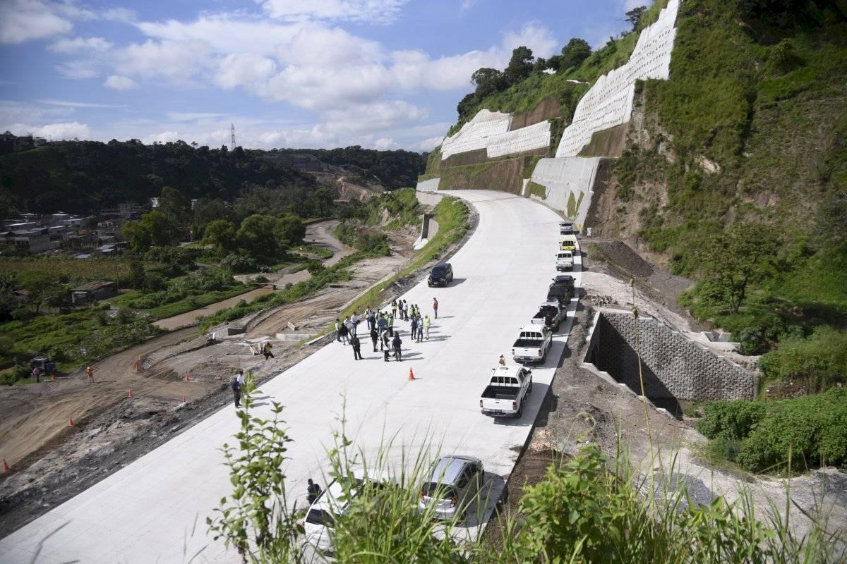 Así avanza la carretera VAS que conectará con la calzada Atanasio Tzul. Herlindo Zet