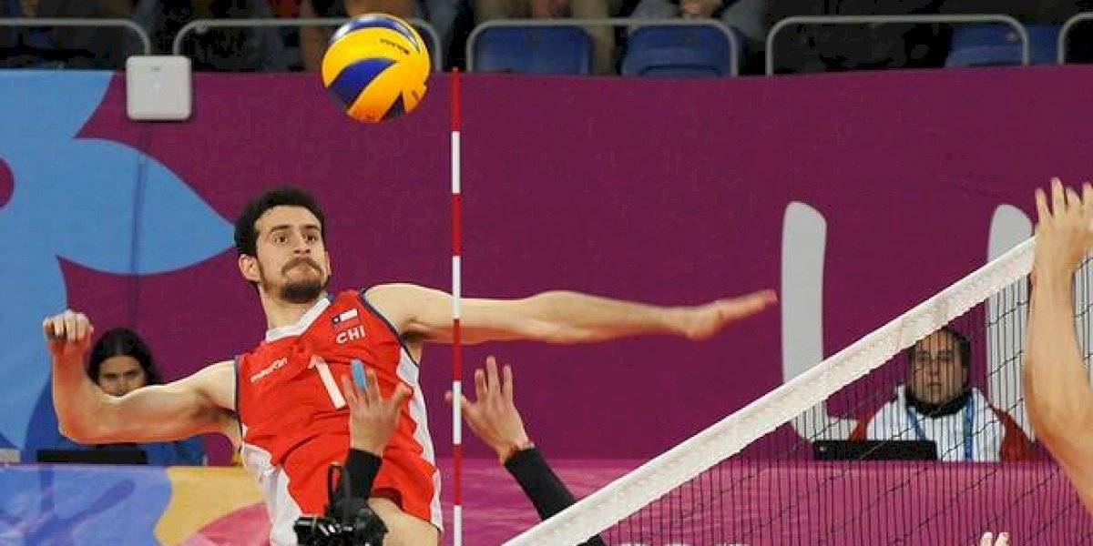 """Simón Guerra, jugador lesionado de la Roja del voleibol: """"Estoy como Gary Medel en el Mundial de fútbol"""""""
