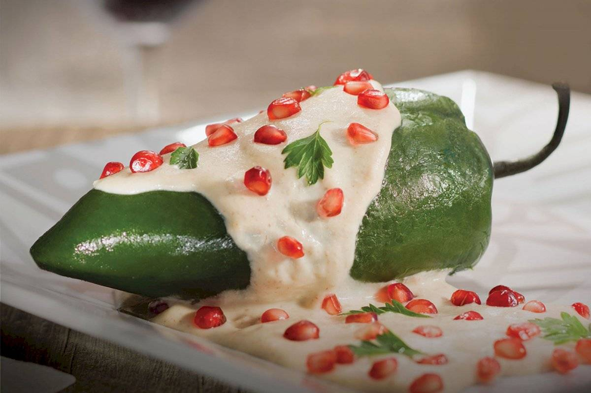 chile en nogada
