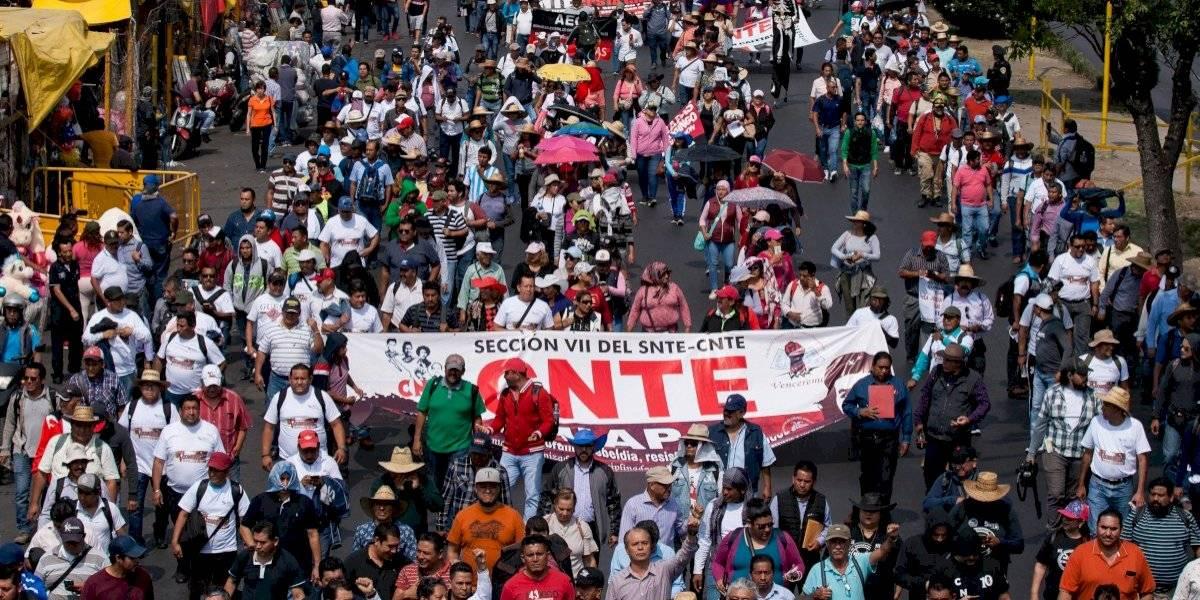 Niega AMLO presión de la CNTE sobre plazas magisteriales