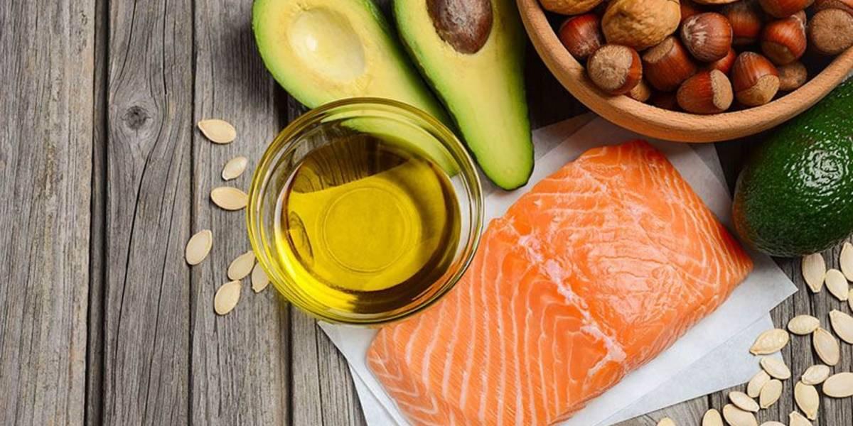 Aumento de colesterol y triglicéridos, los riesgos de la dieta keto