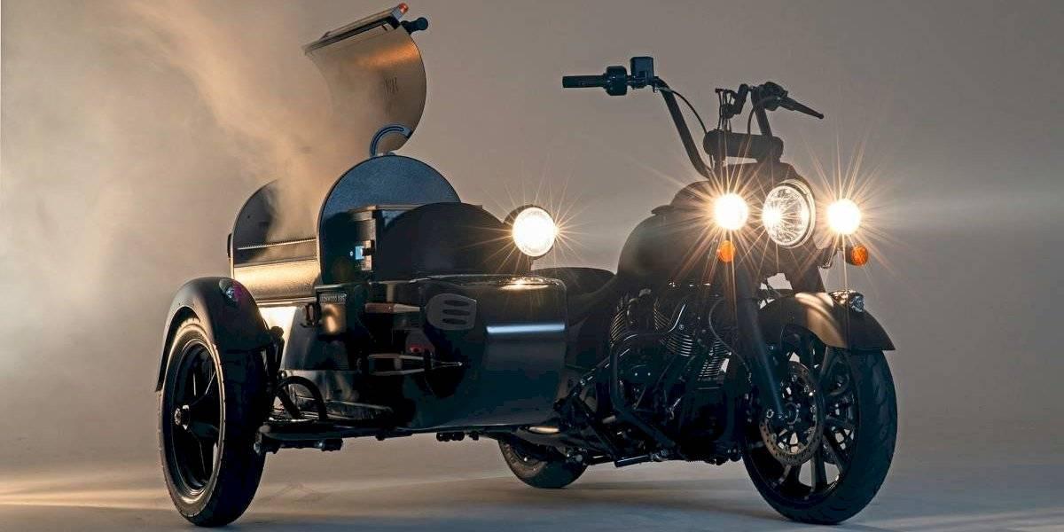 El sueño de muchos: una moto Indian con parrilla lista para asados
