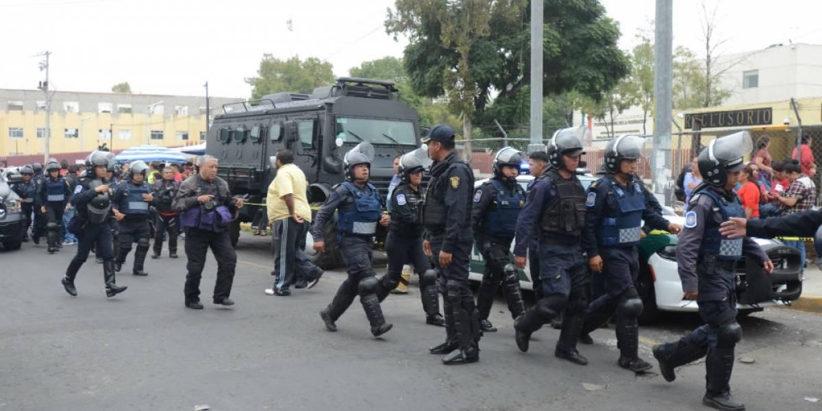 Un muerto y nueve lesionados, saldo de riña en Reclusorio Oriente