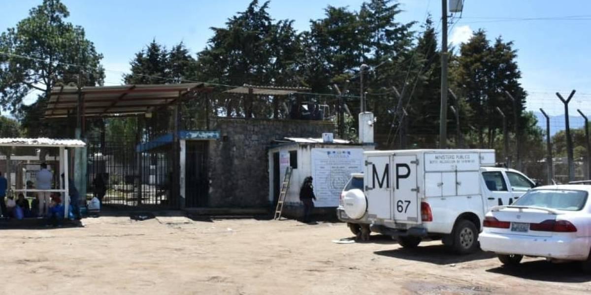 En supuesto intento de fuga, reo muere electrocutado en Quetzaltenango