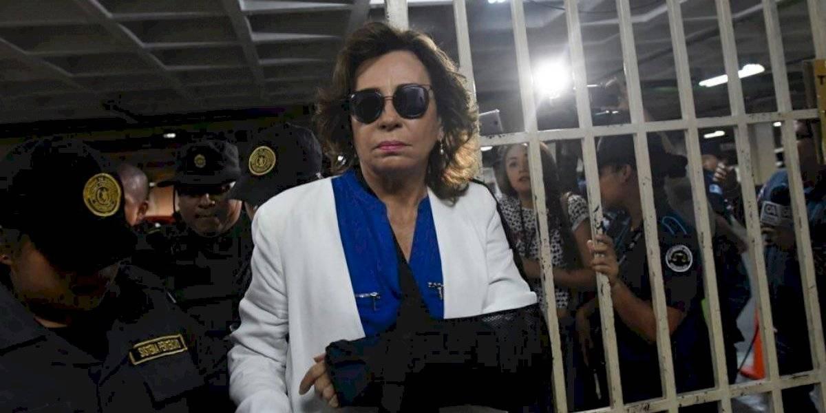 """Médicos particulares recomiendan que Sandra Torres siga hospitalizada por tiempo """"indefinido"""""""