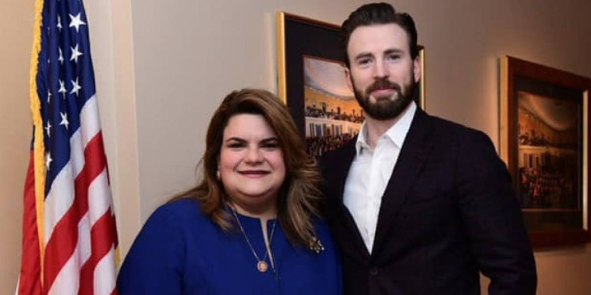 Comisionada residente se reúne con El Capitán América
