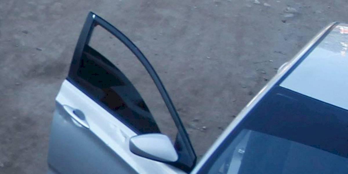 La extraña muerte de una joven madre que falleció asfixiada luego de que su hija de dos años activara el alzavidrios eléctrico del auto