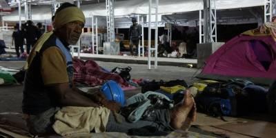 Ministros discrepan sobre permiso a venezolanos en tránsito