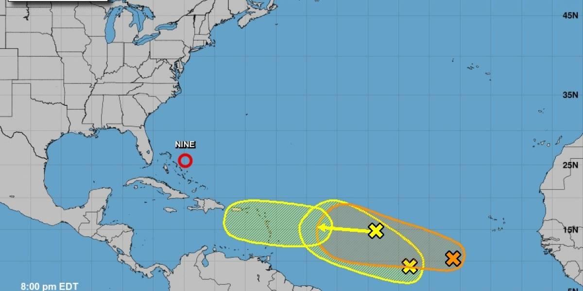 CNH vigila tres ondas tropicales con posible desarrollo