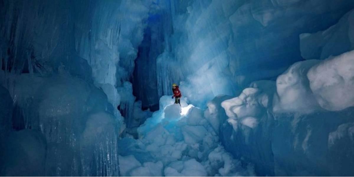 ¡Impresionantes imágenes! Encuentran mundo subterráneo perdido en cueva de hielo de la Antártica
