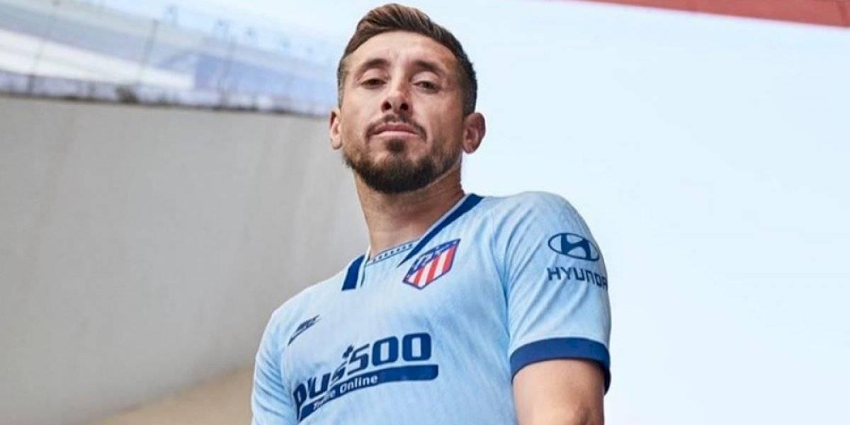 ¡Hermoso! Héctor Herrera modela tercer uniforme del Atleti