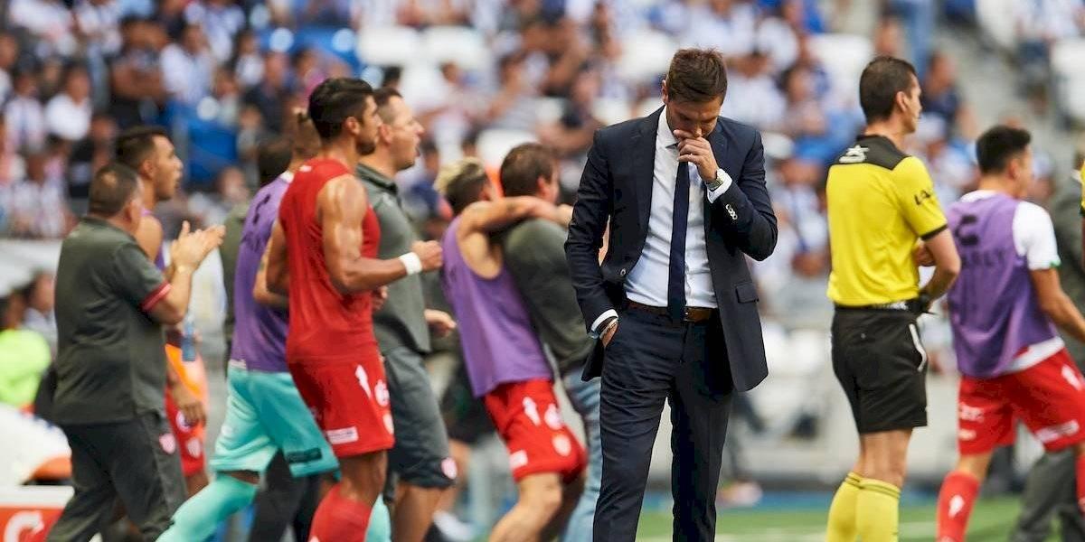 Necaxa sorprendió a Rayados y Diego Alonso peligra en el banquillo