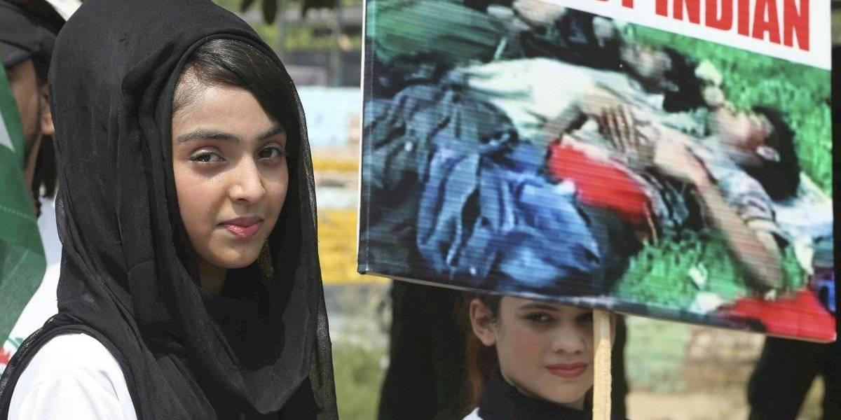 Vientos de guerra en Cachemira: Pakistán intercambia disparos con India