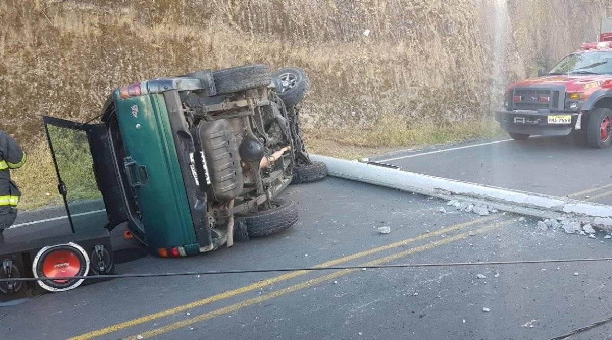 Accidente de tránsito sobre la Princesa Toa y Simón Bolívar, sector la Argelia