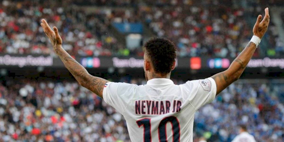 Simplemente un crack: Neymar responde con un golazo de chilena a las pifias e insultos en su regreso al PSG