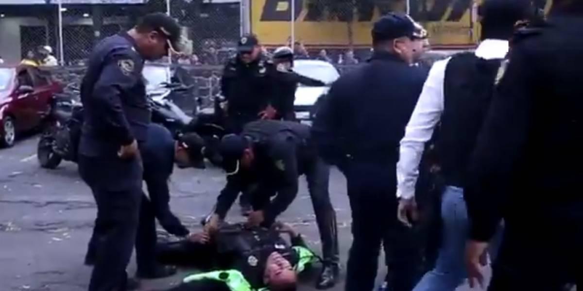 VIDEO: Policía se cae de su caballo en el Azteca previo al Clásico capitalino