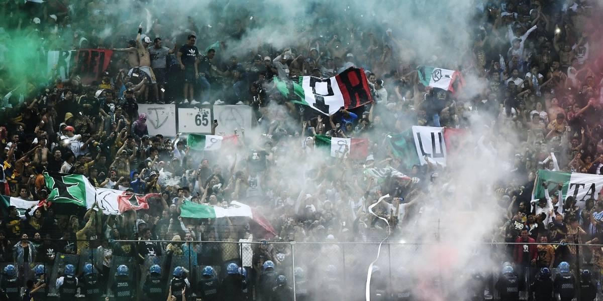 Barras de América y Pumas se vuelven patriotas en el Clásico capitalino
