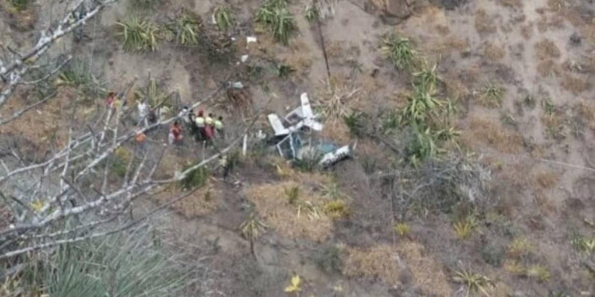 Dos fallecidos al accidentarse helicóptero en Cuambo, Ibarra