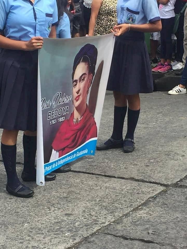 Rostro de María Dolores Bedoya de Molina es confundido con el de Frida Kahlo
