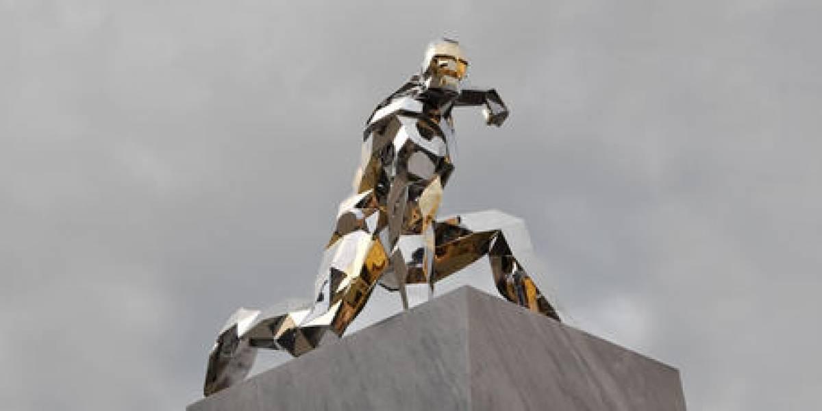 Este es el artista que creó una increíble estatua de Iron Man