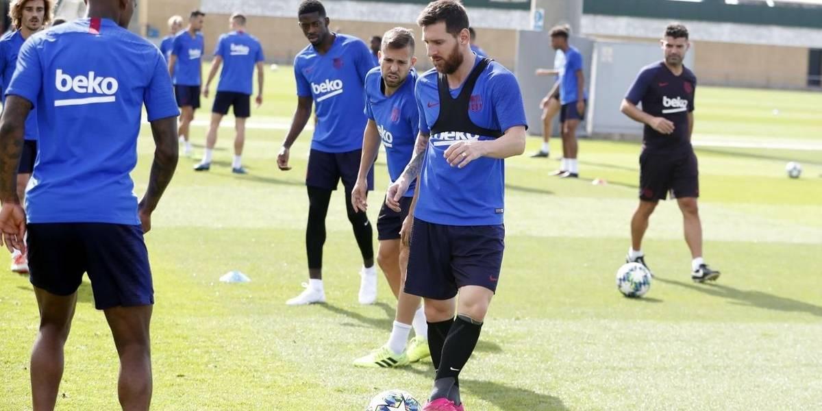 Messi se entrena con Barcelona a dos días de iniciar la Champions League