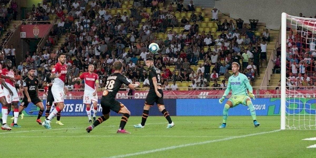 El Mónaco de Guillermo Maripán sigue sin levantar cabeza y ahora perdió en guerra de goles con el Marsella