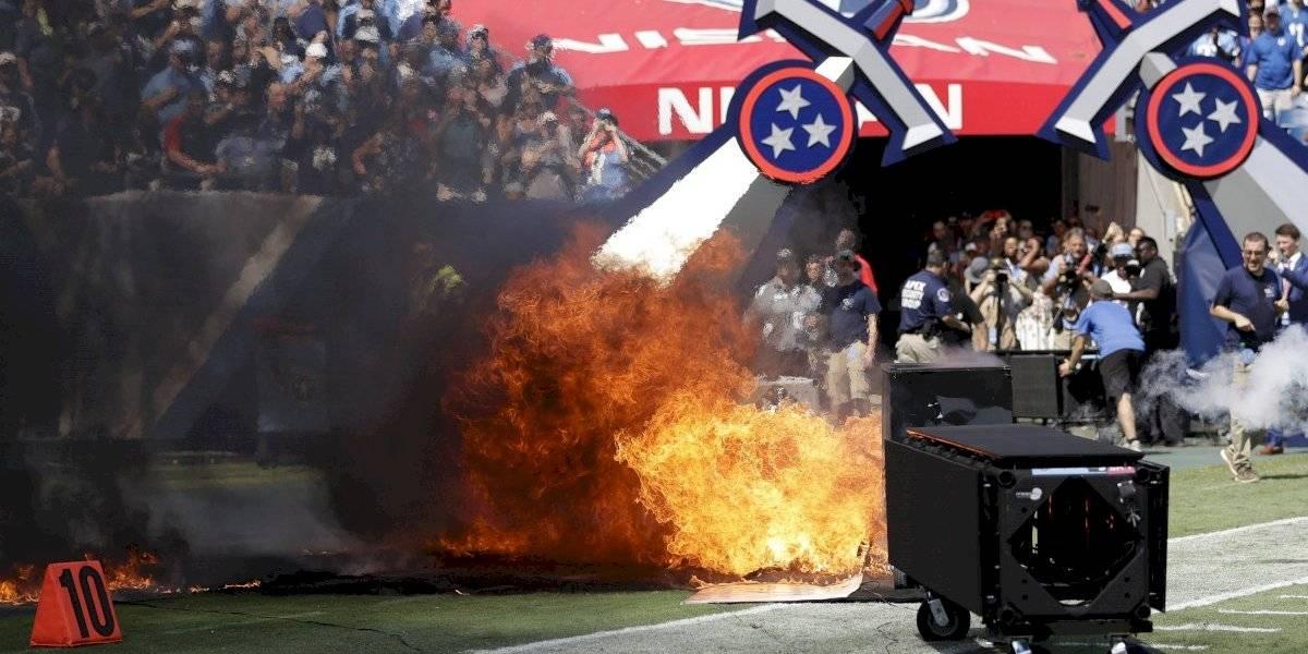 VIDEO: Se presentó un incendio previo al duelo entre Titans y Colts