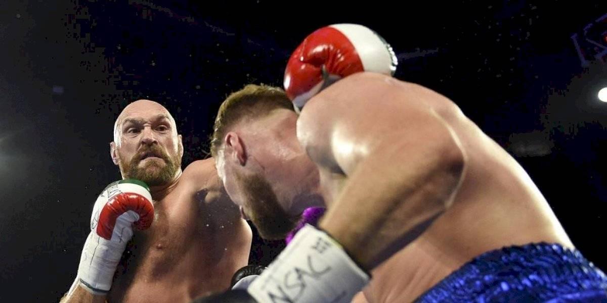 Tyson Fury sufre impactante corte en el rostro en sangrienta pelea con Otto Wallin