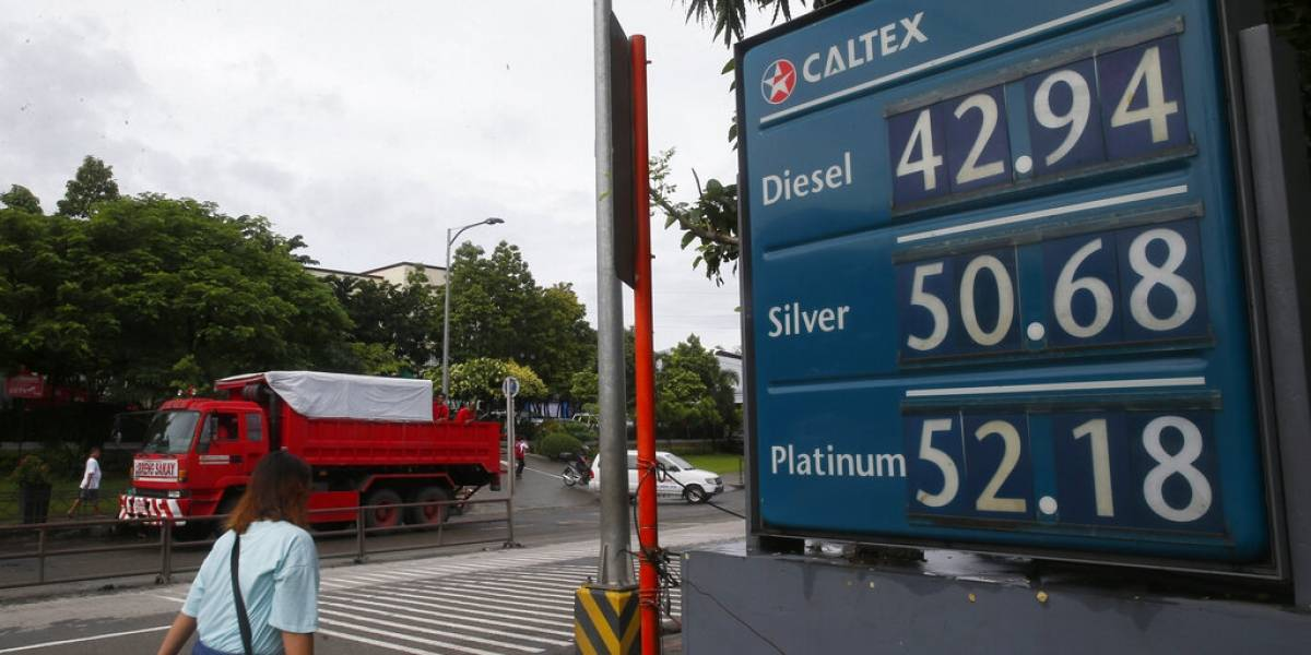 Prevén que precio de gasolina no afecte economía de Estados Unidos