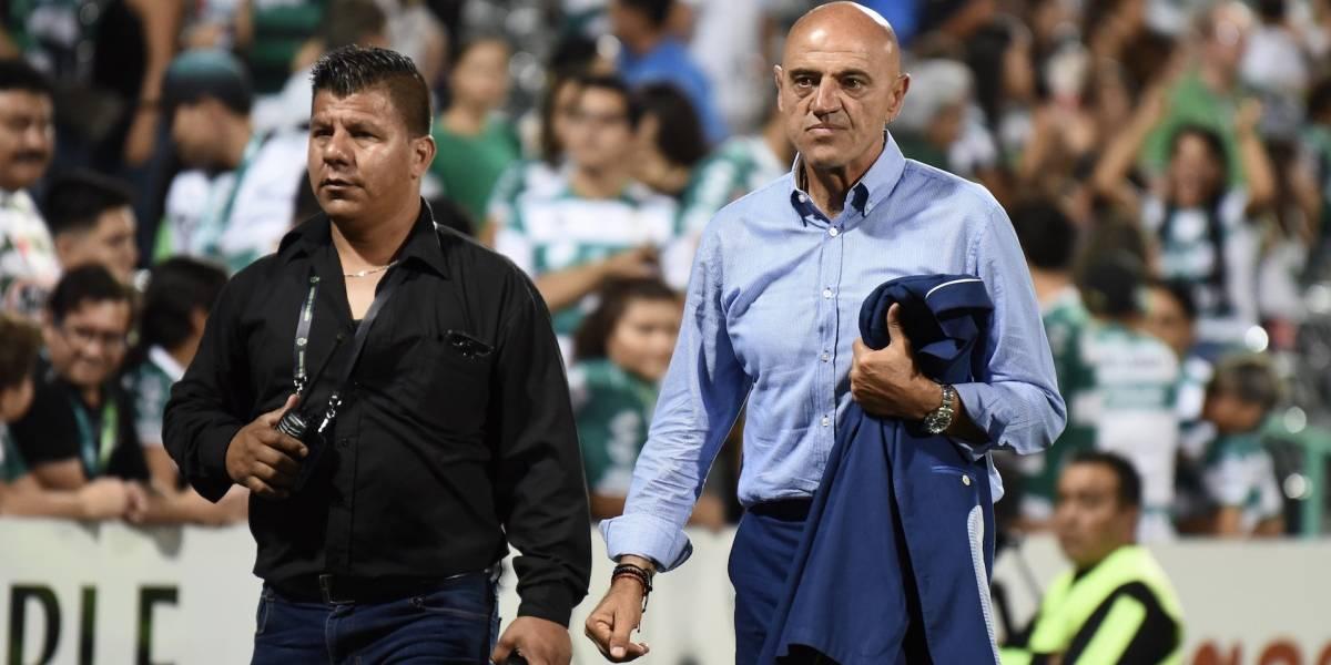 Chelís anuncia su retiro como entrenador