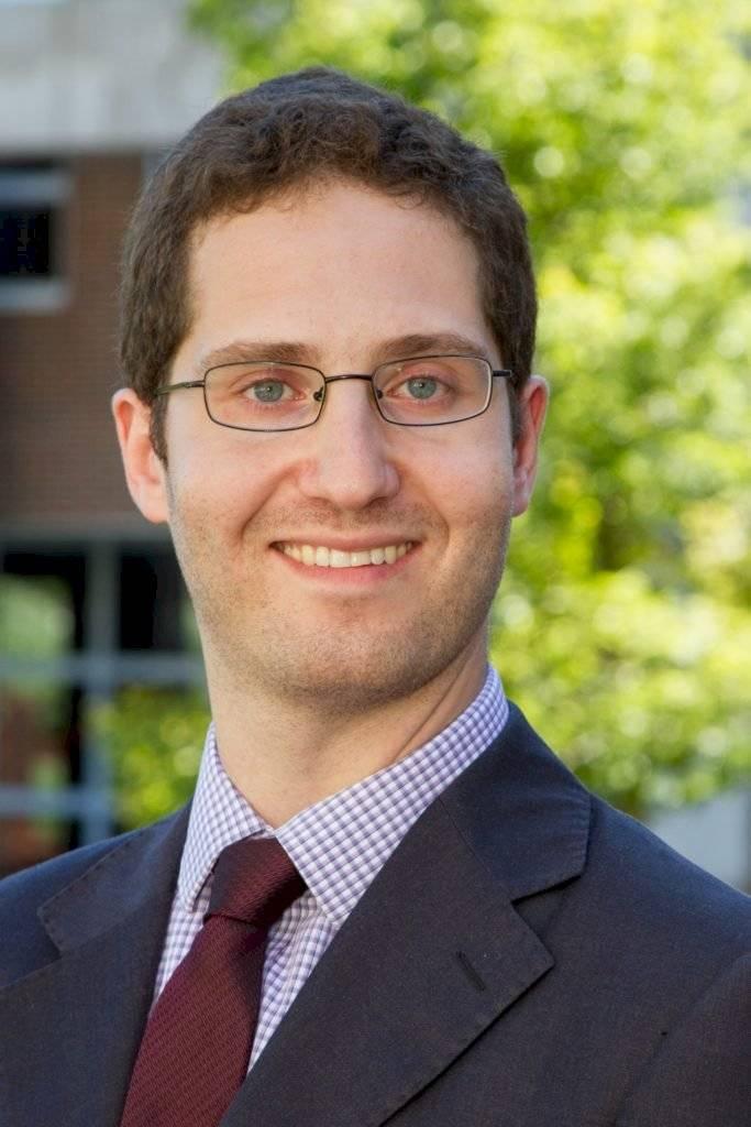 Joshua Shifrinson, profesor asistente de relaciones internacionales en la Universidad de Brandeis
