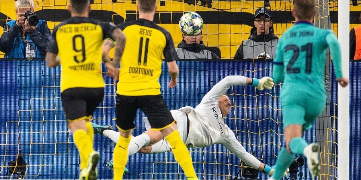VIDEO. Ter Stegen deja vivo al Barcelona en su visita al Dortmund