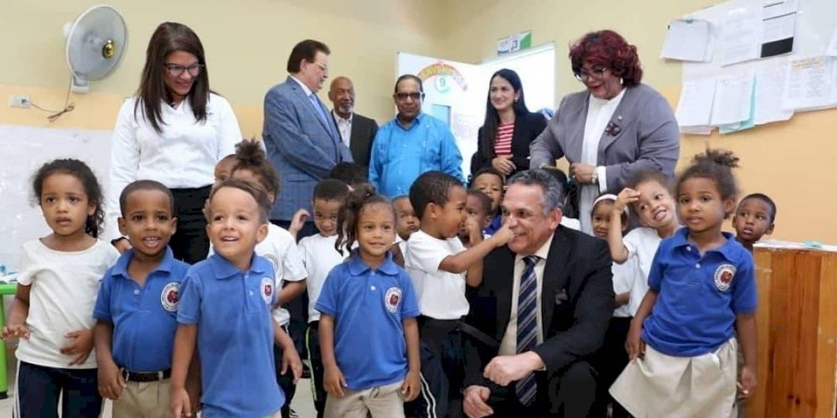 Ventura Camejo dice que Estancias Infantiles contribuye a formar mujeres y hombres dominicanos