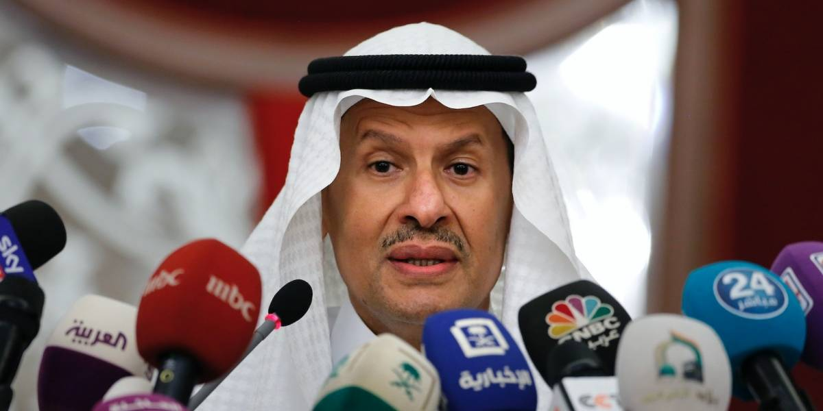 Recuperan mitad de la producción de crudo en Arabia Saudí