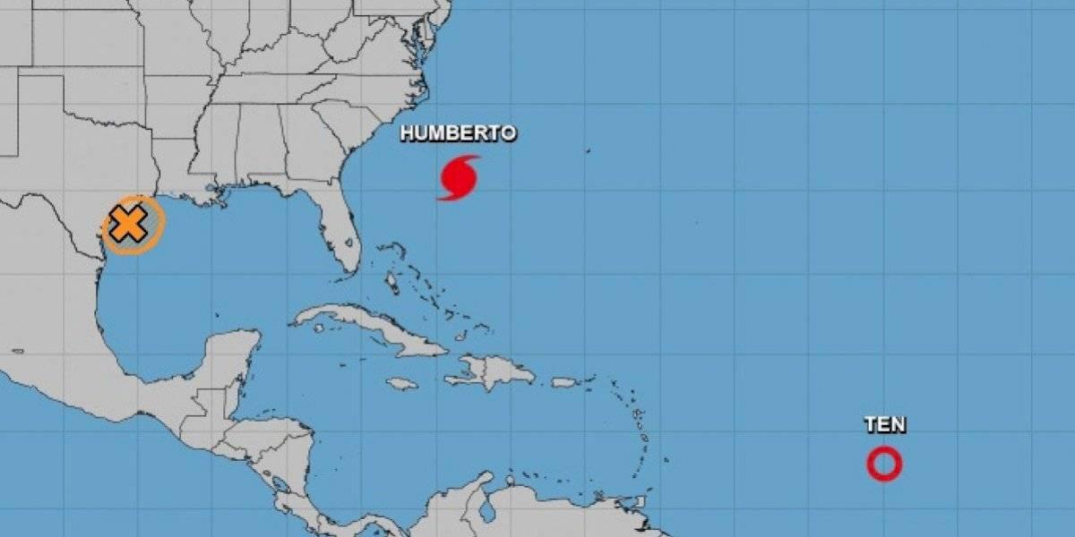 Huracán Humberto amenaza a Bermuda y tormenta Lorena a México