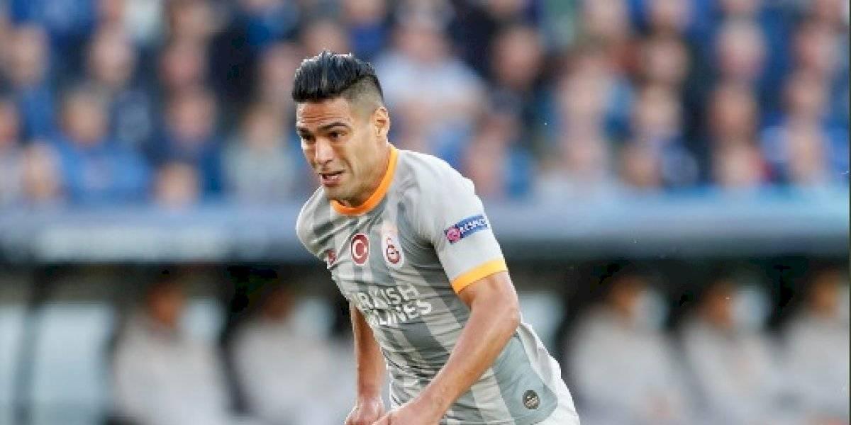 DT del Galatasaray, en riesgo de salir del banquillo por trato a Falcao