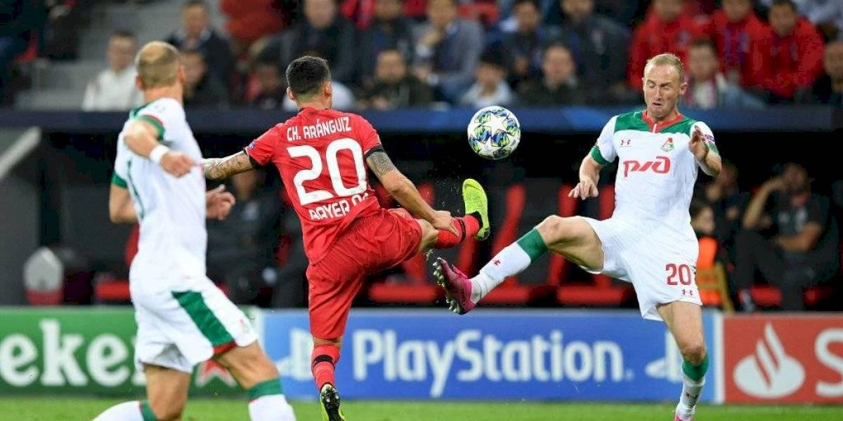 Bayer Leverkusen de Charles Aránguiz cayó por un grosero error de su arquero en la Champions League