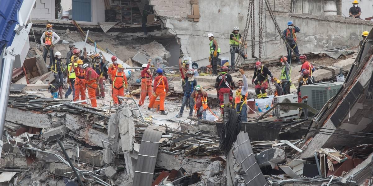 Estima AMLO concluir en 2020 la reconstrucción tras sismos de 2017