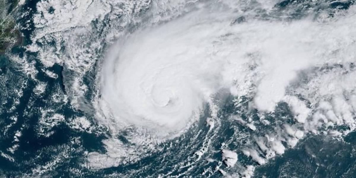 Huracán Humberto comienza a azotar Bermudas
