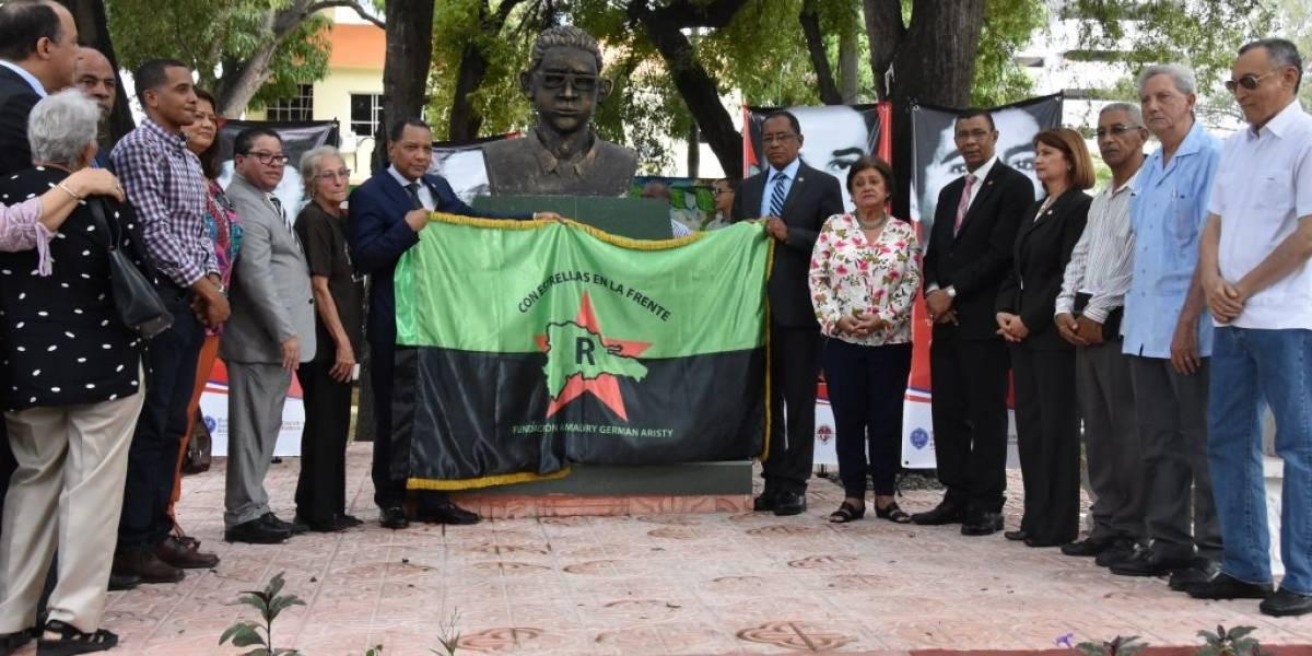 UASD inaugura Plaza de la Resistencia en honor a Los Palmeros