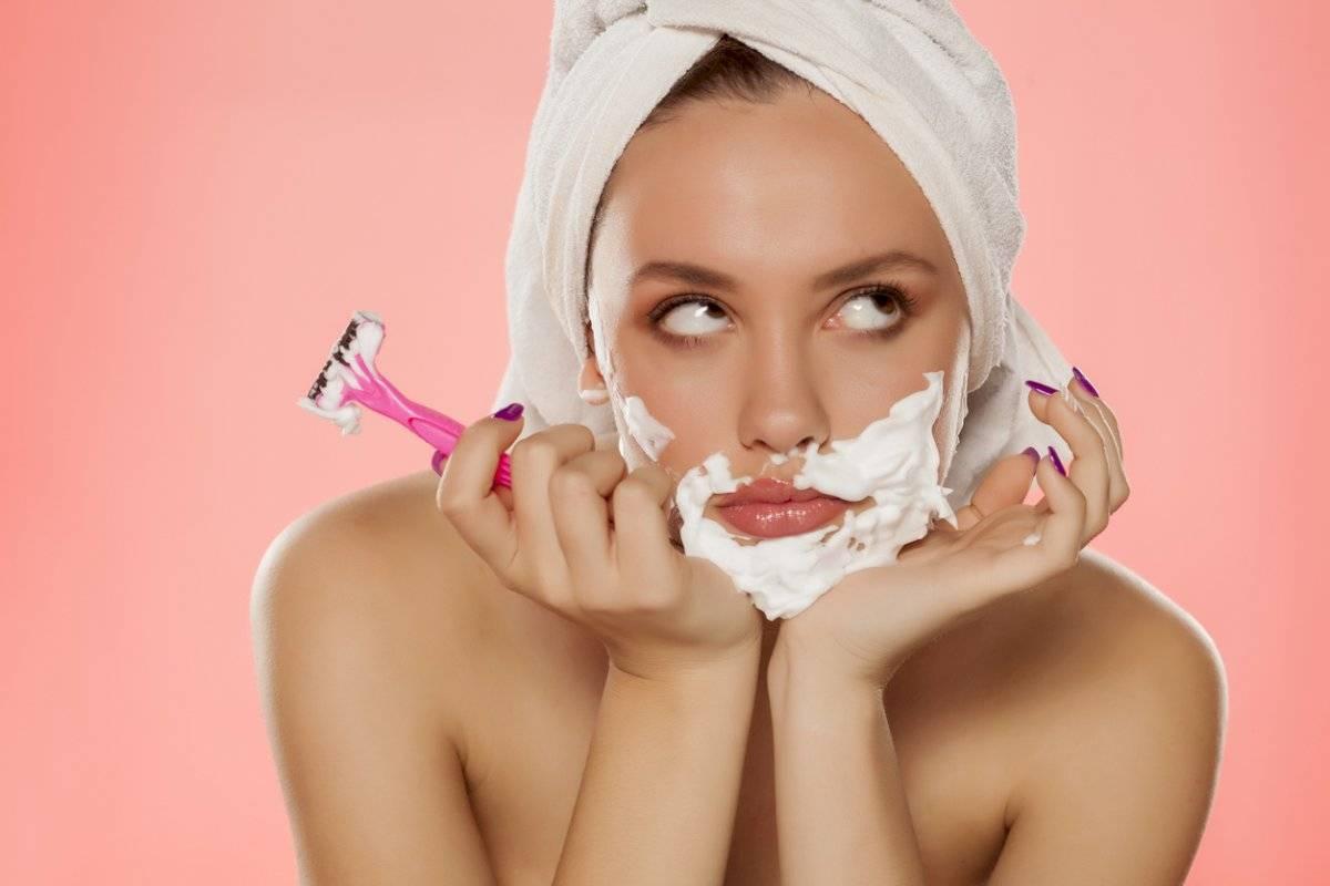Si te sale vello en la barbilla puede ser síntoma de cinco enfermedades