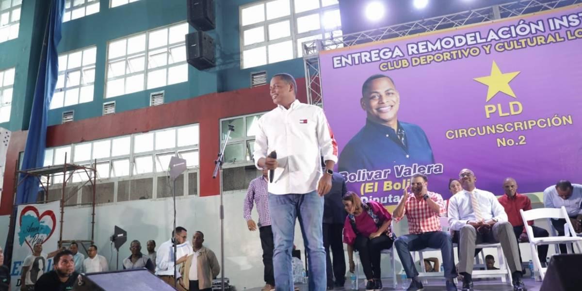 Bolivar Valera entrega remodeladas instalaciones del Club Los Mina