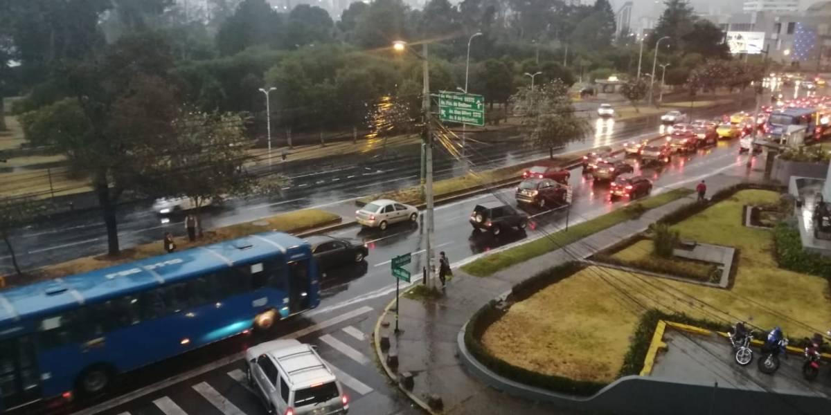 ¿Empieza el invierno en Quito? Lluvia sorprendió a capitalinos