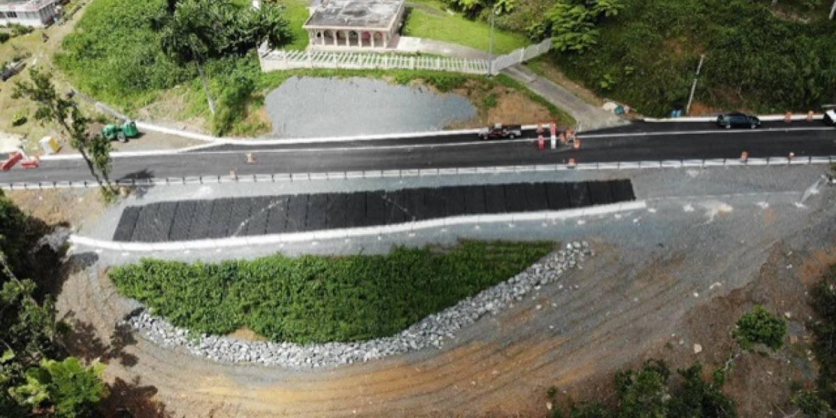 Reabre importante tramo de carretera en Guayama que estaba cerrado desde el paso del huracán María
