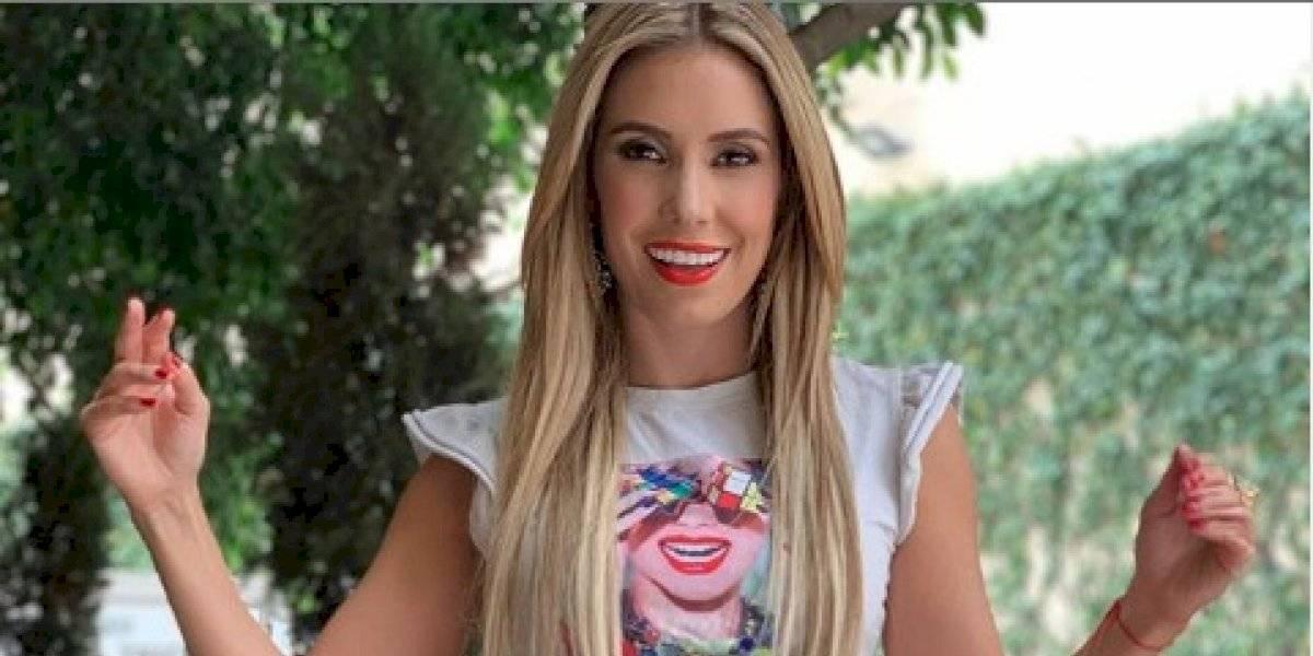"""Andrea Escalona comparte foto en ropa íntima y fans evidencian su """"trasero postizo"""""""