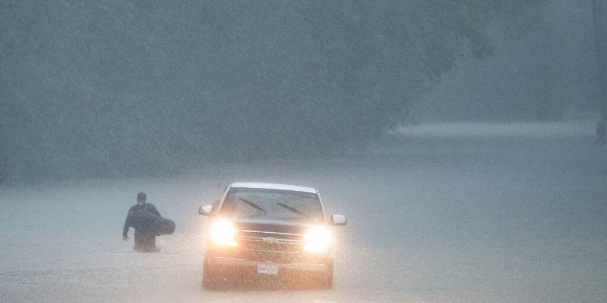 Imelda empapa a Texas y Luisiana con torrenciales aguaceros